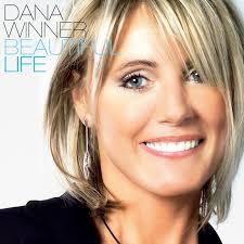BES présente : Dana Winner, une chanteuse populaire belge flamande