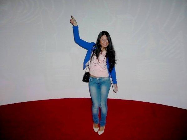 """Expo : """"Vu à la radio"""", avec ASYE (ASSIA) - Journaliste et Miss photogénie BES 2014"""
