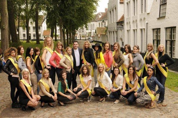 23 finalistes wallonnes pour Miss Belgique 2015, en visite à Bruges !