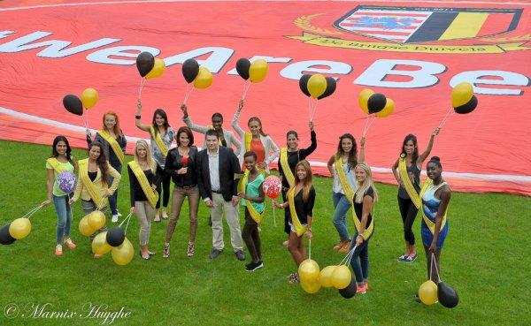 Les finalistes de Miss Bruxelles pour Miss Belgique 2015 en visite à Bruges