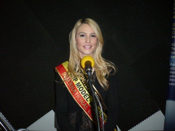 Amandine Sans, l'invitée d'honneur de BES au BASILIC le 28.03.2015