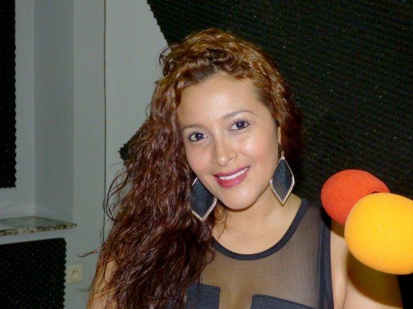 Claudia Liliana Bustos invitée d'honneur de ce 17.04.2015 sur GOLD FM