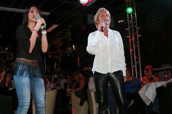 Le duo avec Philippe Leroy et Assia sur plusieurs radios au Japon - Merci Mary