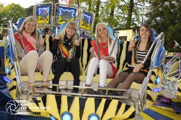 Missitems a accueilli 25 Miss et Dauphines pour une visite à la Foire de Bruges !