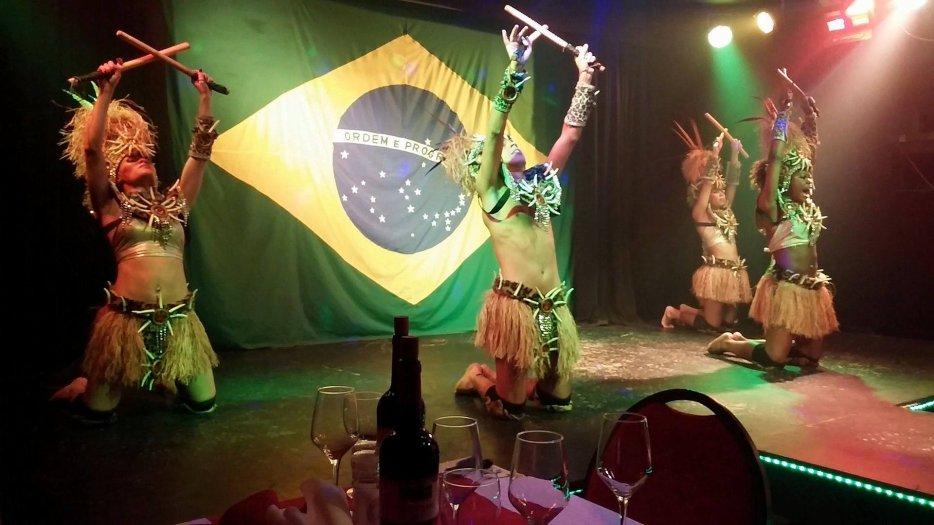 Au KITCH on gagne des beaux cadeaux... via GOLD FM / Soirée Planet Brasil