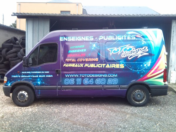 CAMION TOTODESIGNS REALISE EN COVERING