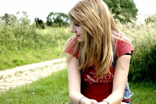 Anaïs, seize ans.