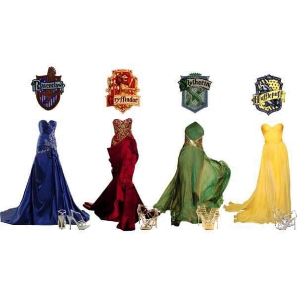 Robes Des 4 Maisons