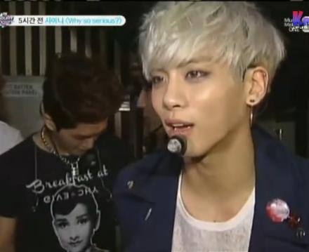 Jonghyun blonde haire (3)