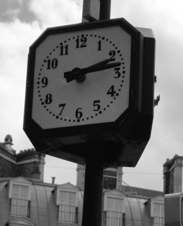 L'horloge tourne