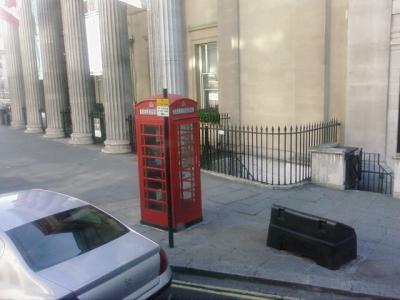 London (L)
