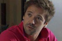 Sylvain découvre la double vie privée de Victoire