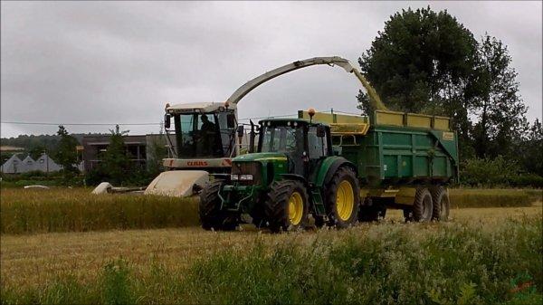 Ensilage blé le 11 07 2016