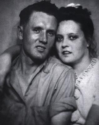 Les parents d 39 elvis presley biographie elvis presley - Sonia mabrouk mariee biographie ...