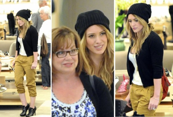 Shopping at Neiman Marcus ---{28/08/2010}---