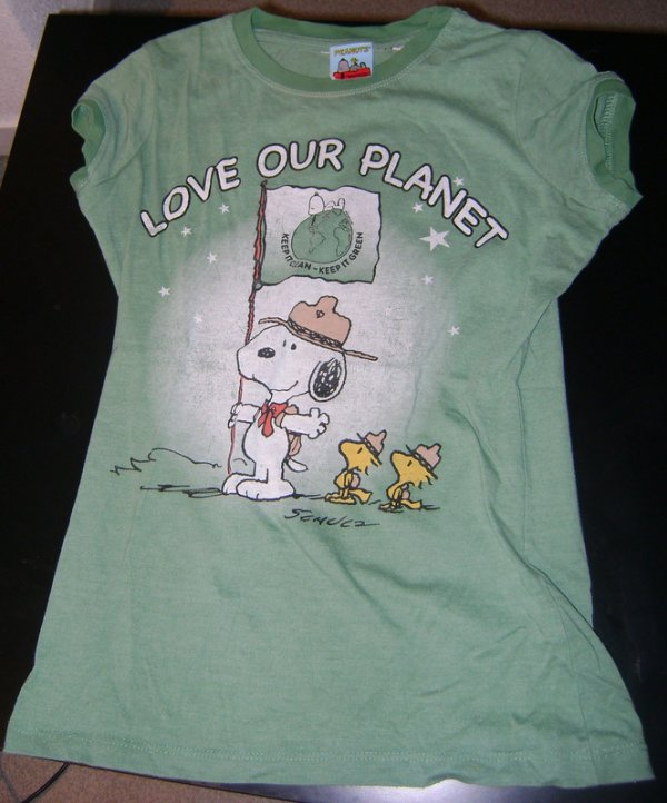 T SHIRT SNOOPY