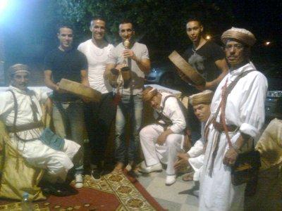 ..<moi avec fouad é abd samad é younass..m3a lklika ta3 lamazigh..><h