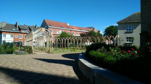 Jardin église notre dame