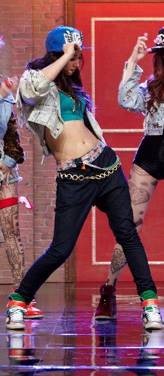yuri perfect body line