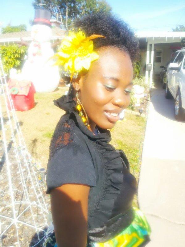 Sunday look. La belle Haïtienne!