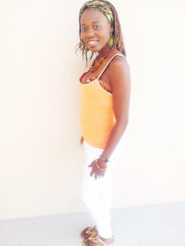 Haïtienne  to the bone
