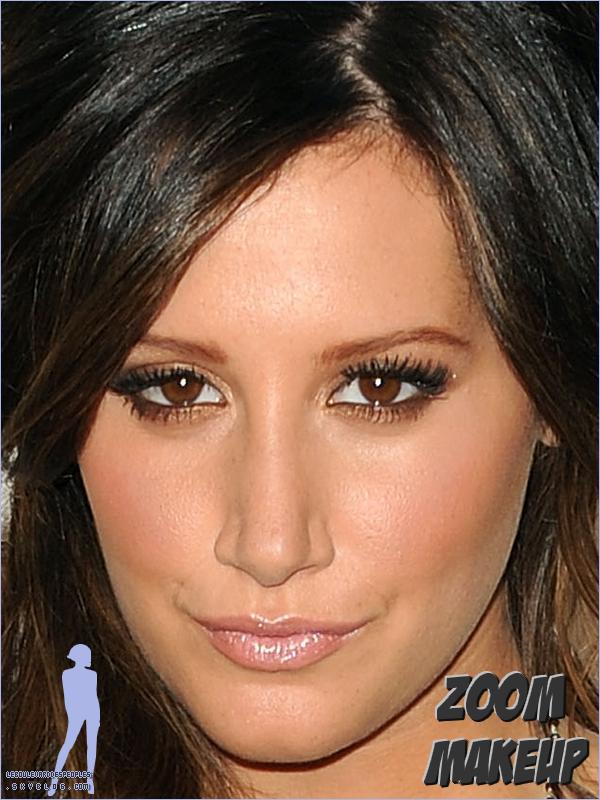 Zoom sur le Makeup de Ashley Tisdale  à l'événement 'Late Night With Jimmy Fallon' le 7 Septembre 2010.