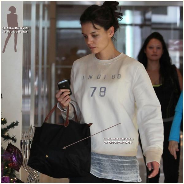 Le sac longchamp encore à la mode ou pas d'après vous ? ;)