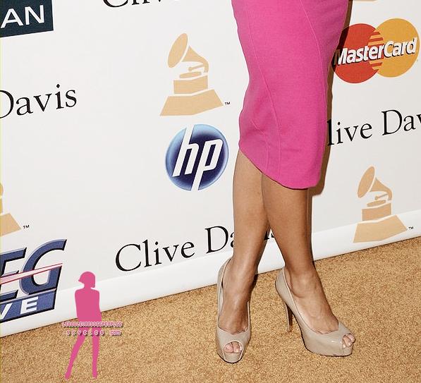 Leona Lewis: A part ridiiiiicule, aucun autre mot me viennent à l'esprit. Où est donc passé l'ancienne Leona?