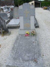 BRIOUZE (61)  (Honore ses morts pour la France)