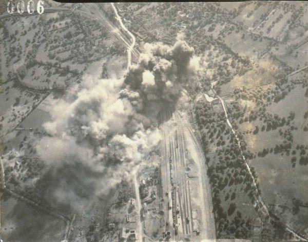 Bombardements dans la forêt des Andaines
