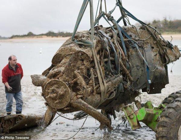 Le pilote australien du Spitfire abattu enterré en France (modifié le 15/12/2015