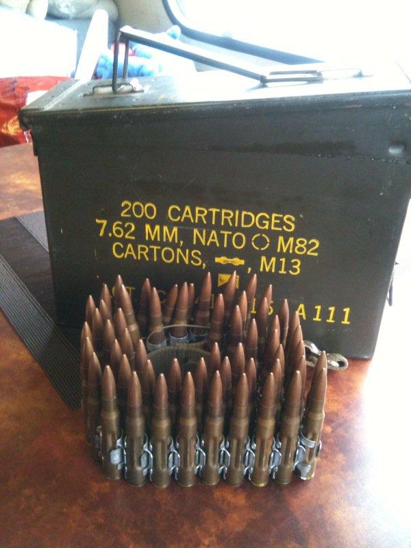 Une rentrée apree un lomgue apsence , une boitte a munition et des des munition 7,62 , je  les est achetée pas cher je trouve 15 ¤  lamsenble , quesque vous an pensée  ????