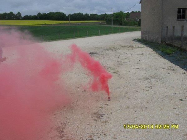 fumigène 02  le 18 05 2013 A 16H00