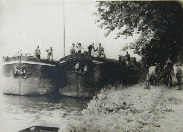"""Anseremme 1944 -  Le Pierre-Jeannette (Herstal) et le """"NABAB"""" (Jambes) (ex.Laurent """"Beez 1914"""") et des résistants..."""