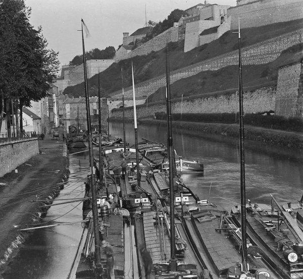 La batellerie à Namur entre 1893 et 1973 - Archives Photographiques Namuroises asbl.