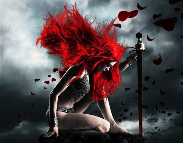 Rouge comme le sang et froide comme la nuit. Femme guerrière est la plus belle qui soit.