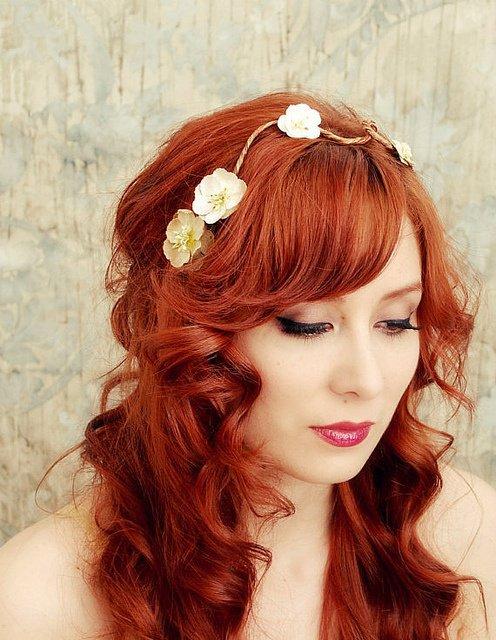 Les femmes aux cheveux enflammés ont l'amour passionné.