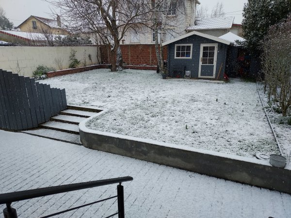 Petite neige du jour.