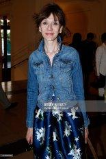 Virginie lors de la pièce Open Space le 11 mai 2015