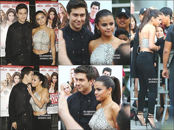 # 29/07/14 - Selena Gomez à la première du film « Behaving Badly » à Hollywood  #