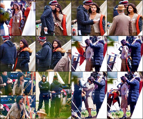 27/03/15 - Selena G. a été aperçue sur le tournage du film « In Dubious Battle » qui se déroule à Atlanta !Le tournage a donc bel et bien commencé ! Plusieurs photos ont également été publiées sur divers réseaux sociaux, elles sont dispo' plus bas. [/alig fen]