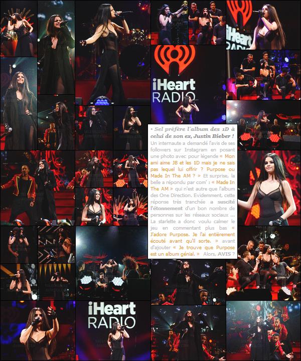09/12/15 - Selena G. s'est rendue une fois de plus au célèbre « Jingle Ball », cette fois à Philadelphie !On n'arrête plus Selly qui enchaîne les performances en live. Comme toujours la chanteuse a privilégié une tenue sombre, tu aimes bien ? [/alig fen]