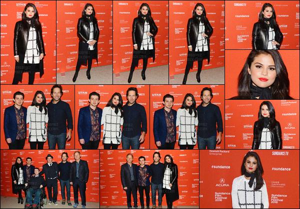 """'""""""""29.01.16'"""" ─ Miss Selena à la première du film « The Fundamentals of Caring » qui se déroulait à Park City. [/s#00000ize]Dans ce film, basé sur le roman de Jonathan Evison, notre jeune star partage l'affiche avec des acteurs tels que Paul Rudd ou encore Craig Roberts ! [/alig fen]"""