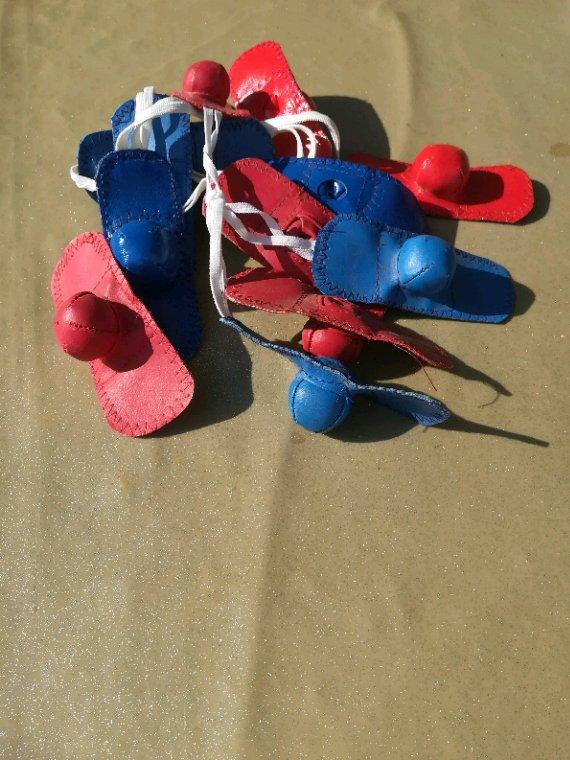 Paire de gants pour coqs 30 frais de port compris