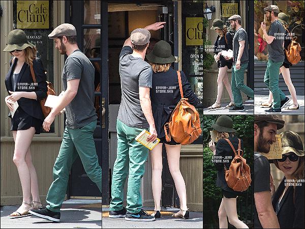 17.06.2014 : Le couple de nouveau aperçu dans les rues de NY sortant d'un café où ils ont petit déjeuné.