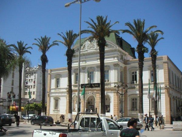 El-Harrach est un quartier populaire à l'Est d'Alger.