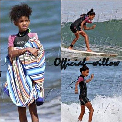 Willow Smith ses vacances à Hawai . offerts quelques jours de vacances à Hawaï. Fan de sports, pas question pour Jaden et sa petite soeur Willow faire bronzette sur la plage.