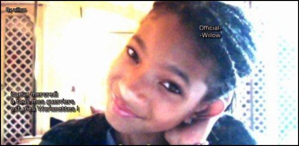 Willow à posté sur son FACEBOOK :@WillowSmith une photo de elle! :) Elle à laisser un message ! Perso j'adore la photo !