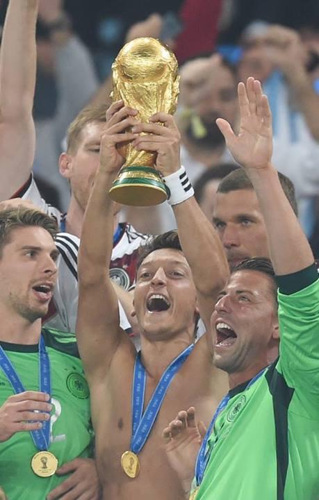 Oezil et la coupe du monde *-* <3 #lesmeilleurs