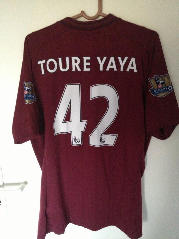 Maillot porté par Yaya Toure